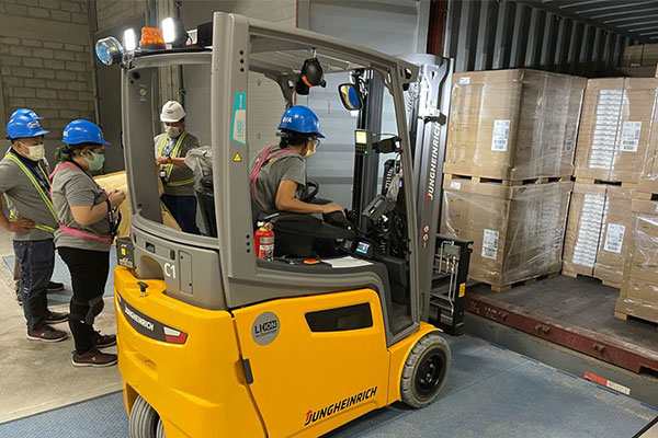 Crates of IKEA products being unloaded in Pasay City. / IKEA Facebook page